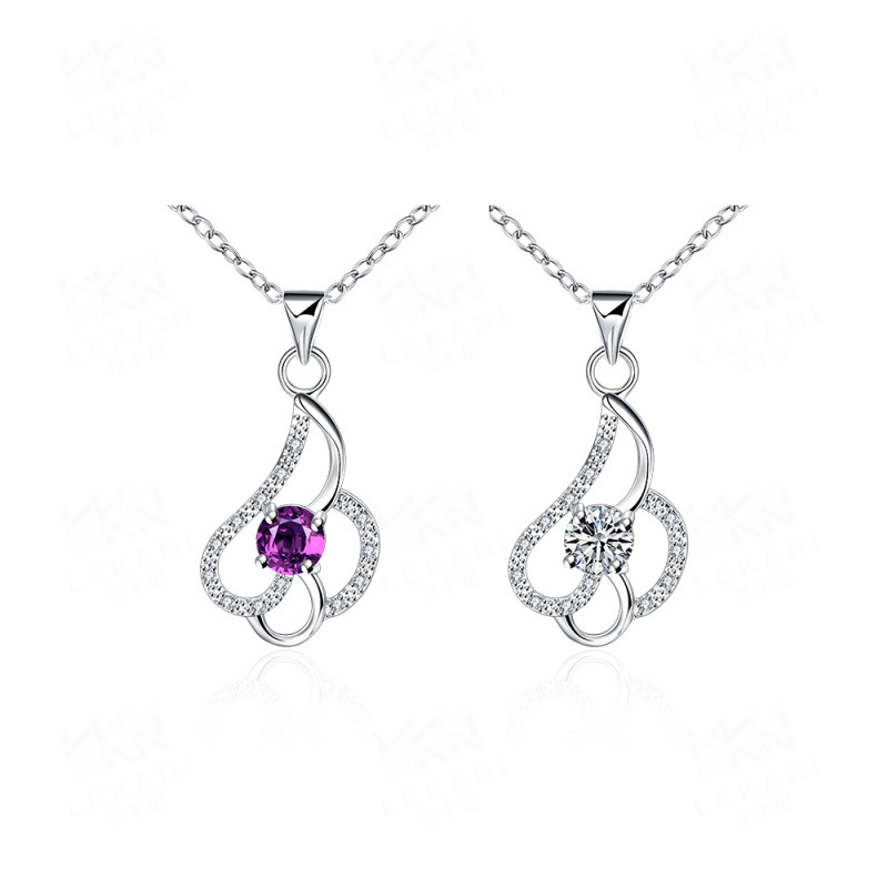 Elegant Silver Hearts Shaped Pendant For Women SPN055